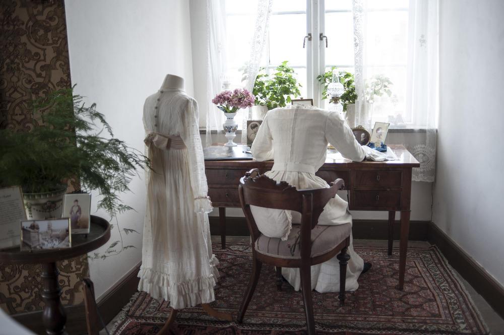 Interiör i utställningen Den dolda kvinnomakten och barnen